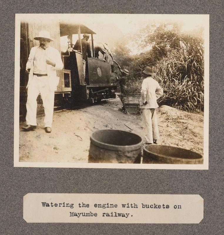 Watering the engine with buckets on Mayumbe railway