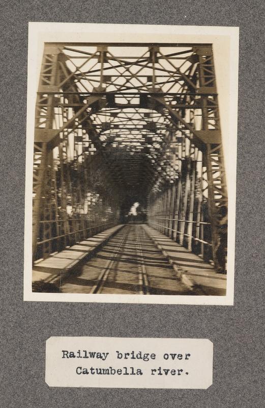 Railway bridge over Catumbella River
