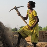 Slavery-in-India-Bonded-Labor-e1382106858292.jpg